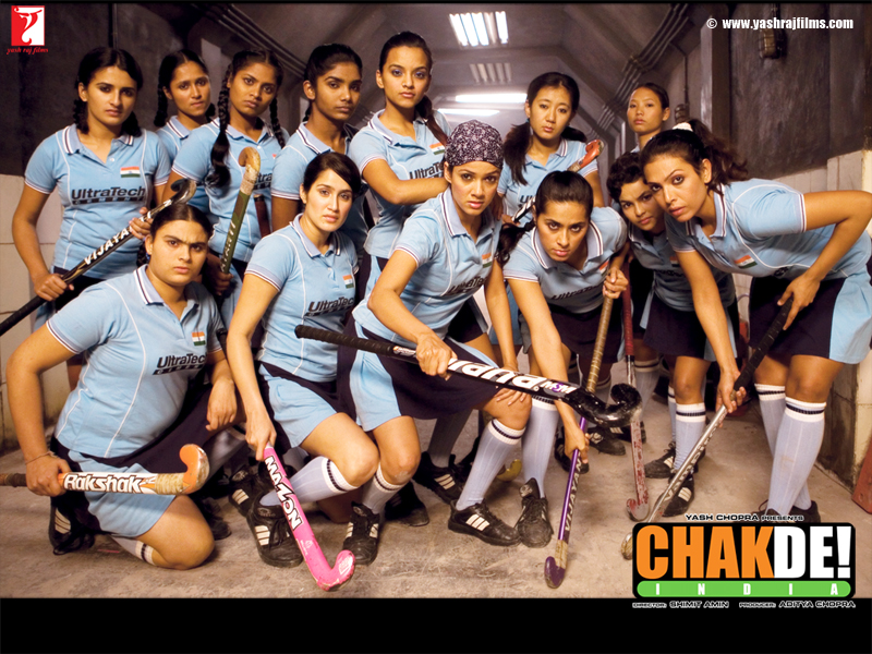 movie review on chak de india Chak de india is a 2007 indian sports drama film about field hockey in india directed by shimit amin and produced by yash raj films, the film stars shahrukh khan as.